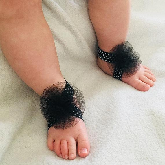barefoot sandal black